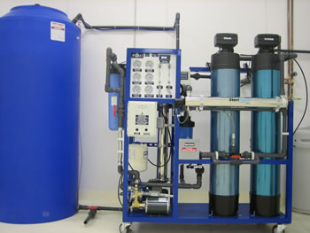 Reverse osmosis (RO) water purification system for commercial use